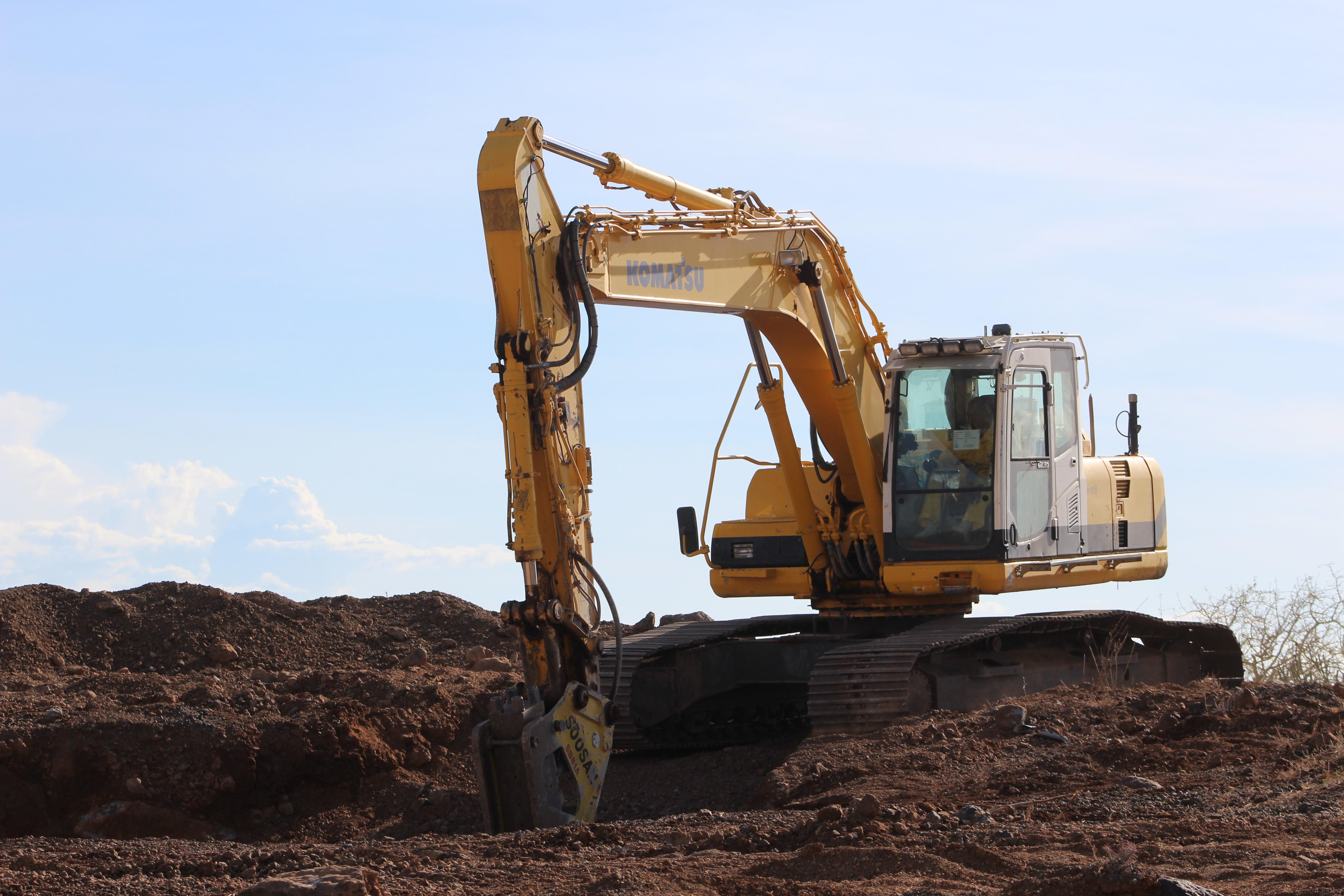 excavating at TX-Line